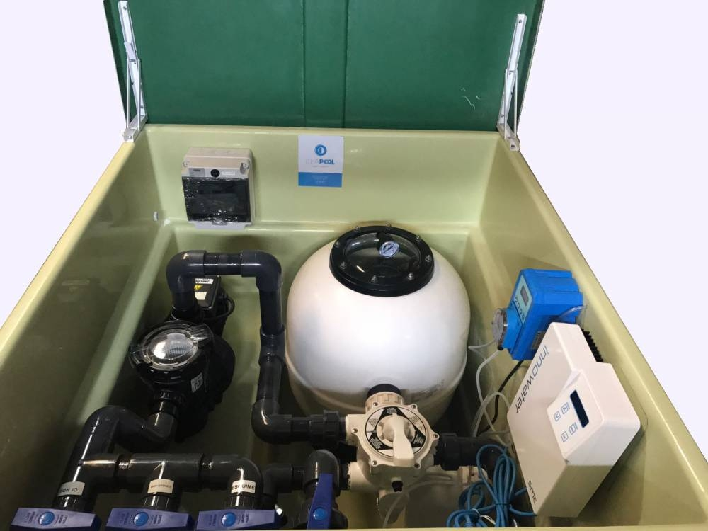 Depuradora piscina con caseta y clorador salino ph 60 m3 for Caseta depuradora piscina